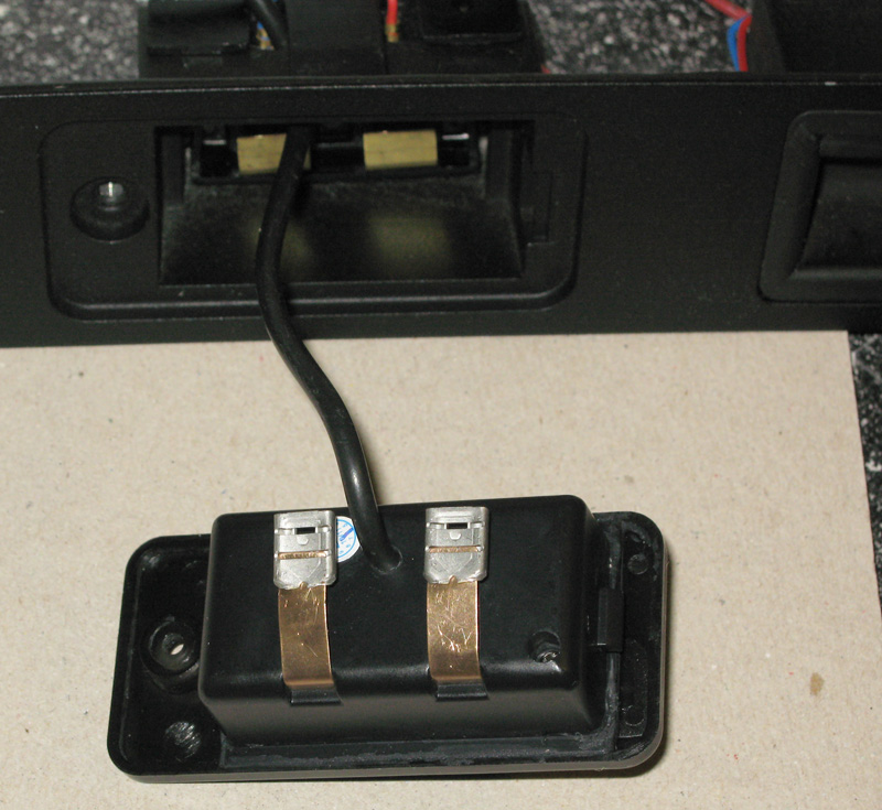 how to connect a reverse camera on a avh4200